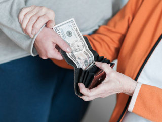 ElderFinancialAbuse_web